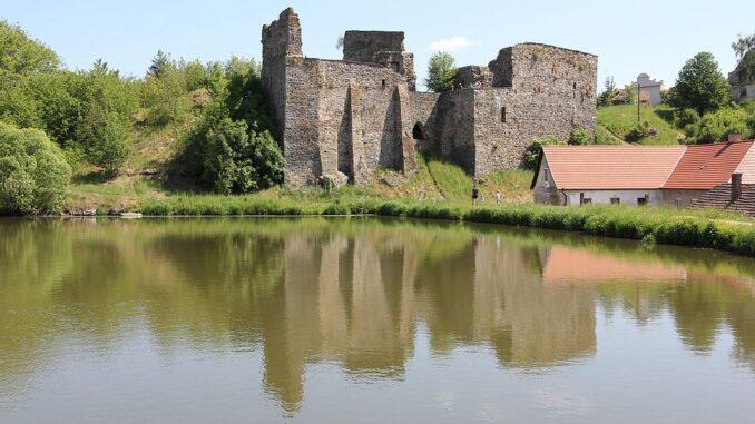 hrad Borotín