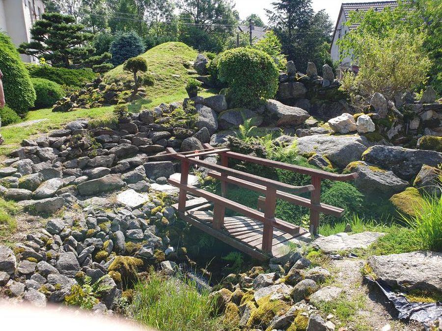 Japonská kamenná zahrada, Sněžné