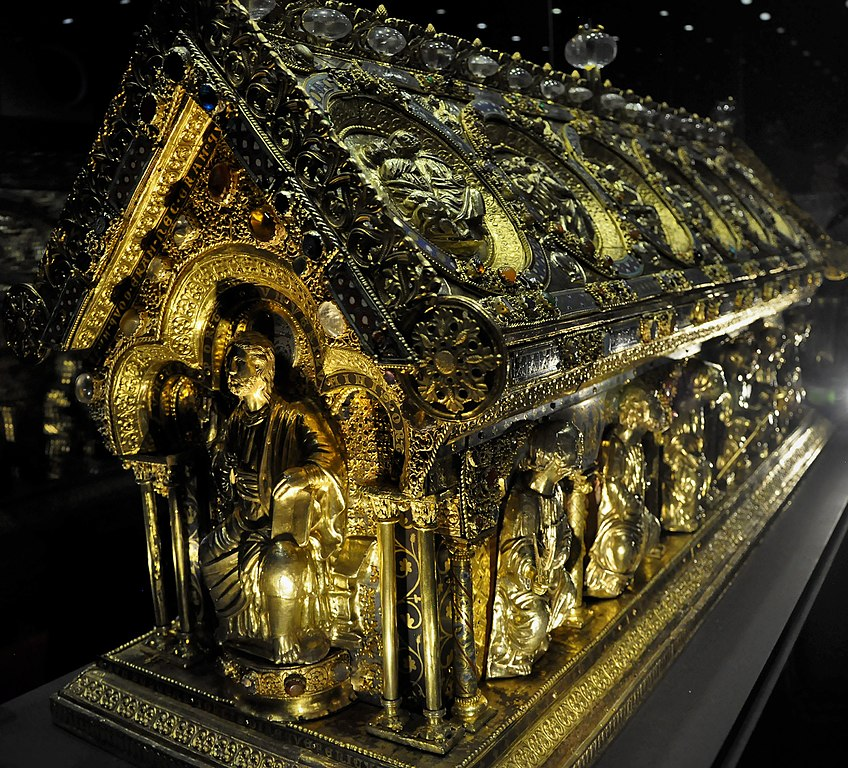 Relikviář svatého Maura na hradu a zámku Bečov nad Teplou