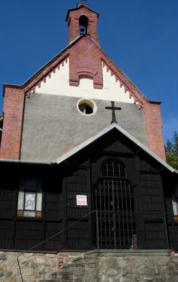 Kaple Panny Marie Salettské je zastávka cestou na Borůvkovou horu