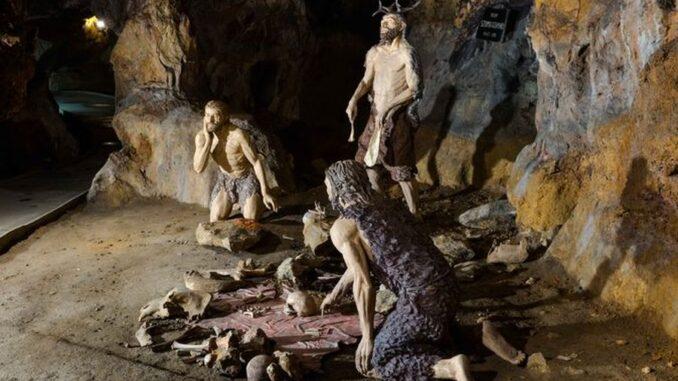 Mladečské jeskyně a Dóm mrtvých