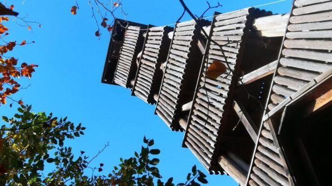 dřevěná kráska - rozhledna Královec