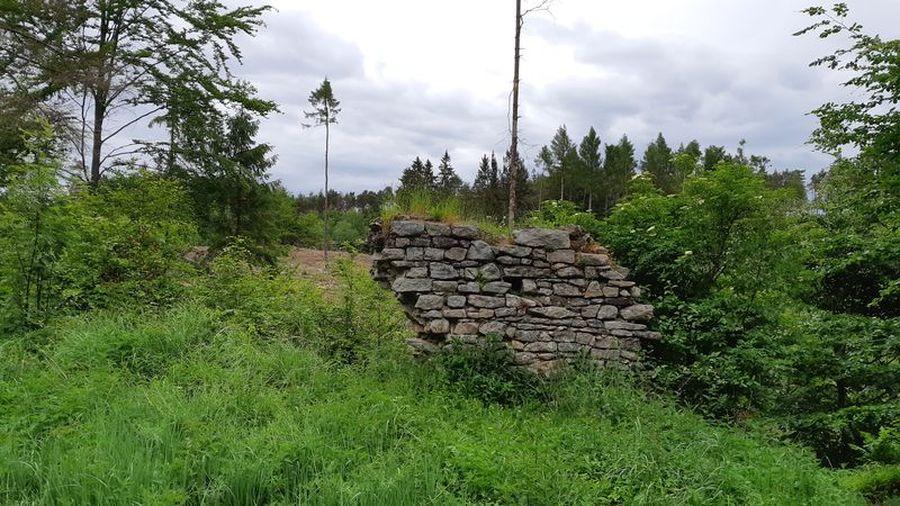 hurá na hrad Štamberk