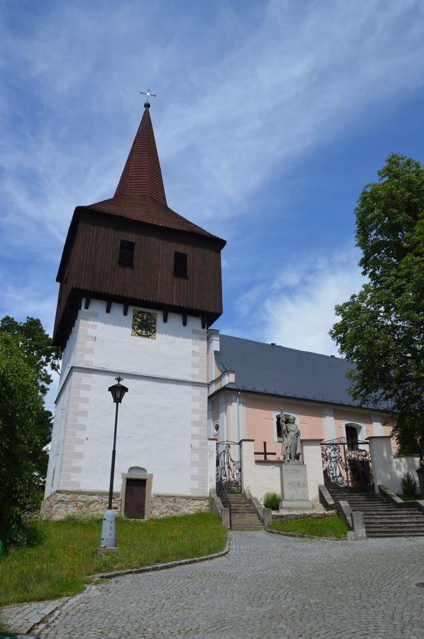 Kladské pomezí - kostel v Hronově