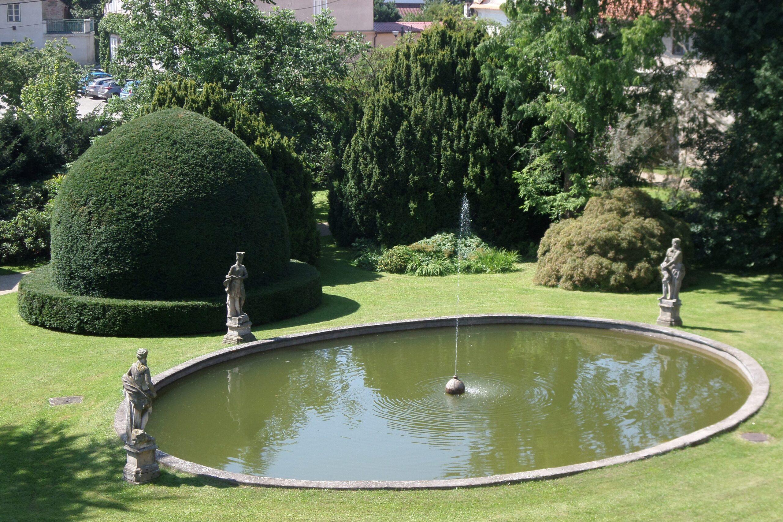 zámek Lysice - zahrada