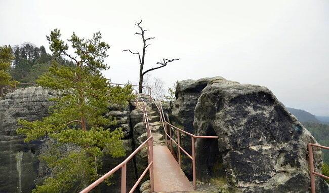 Lávka po cestě-hrad Šaunštejn