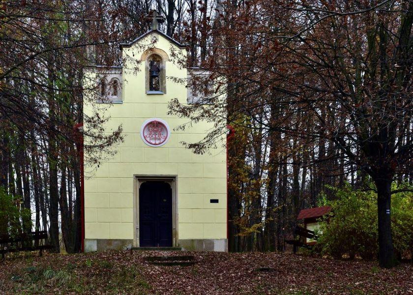 přírodní park Hostýnské vrchy - lesní kaple Marie Svatohostýnské