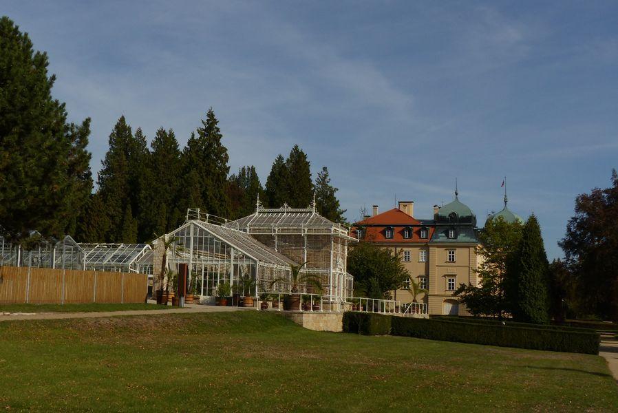 Zámecký park Lány-skleníky
