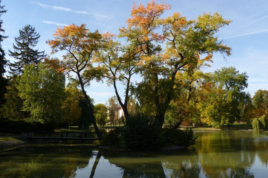 Zámecký park Lány