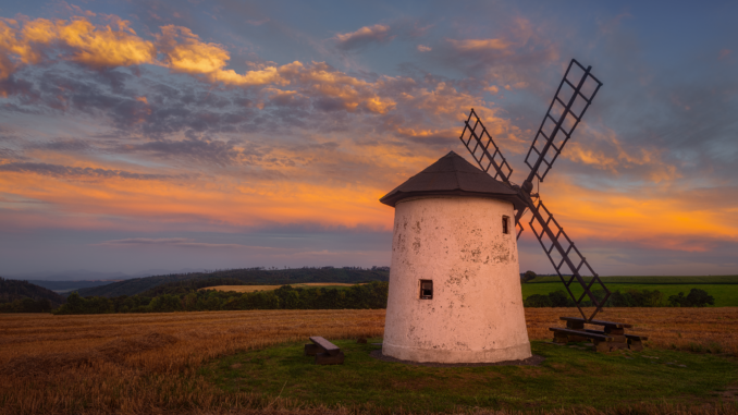 Větrný mlýn Spálov