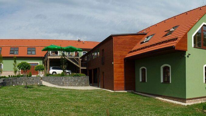 Restaurace a penzion v ZOO Tábor