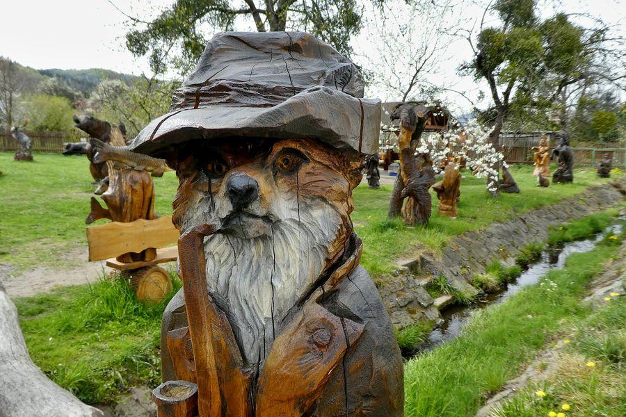 Ráj dřevěných soch