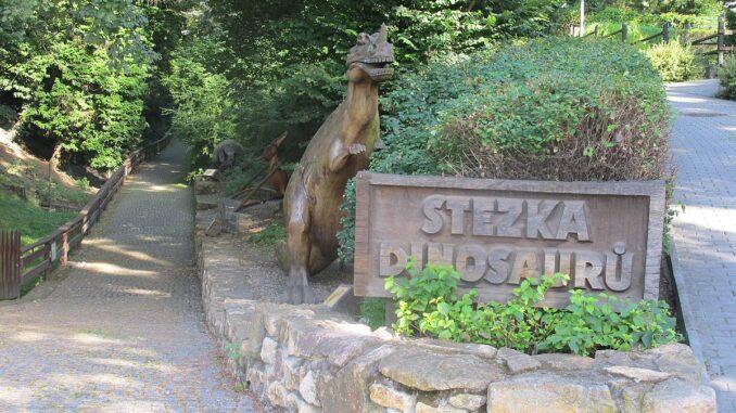 Stezka dinosaurů v ZOO Ústí nad Labem