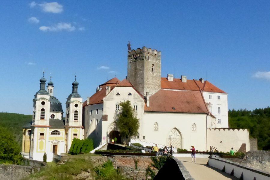 ve Vranově nad Dyjí najdete krásný zámek