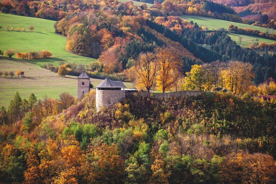 Valašské Klobucko a hrad Brumov