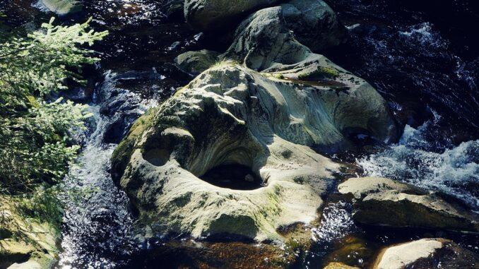 Naučná stezka Povydří- obří hrnec řeky Vydry