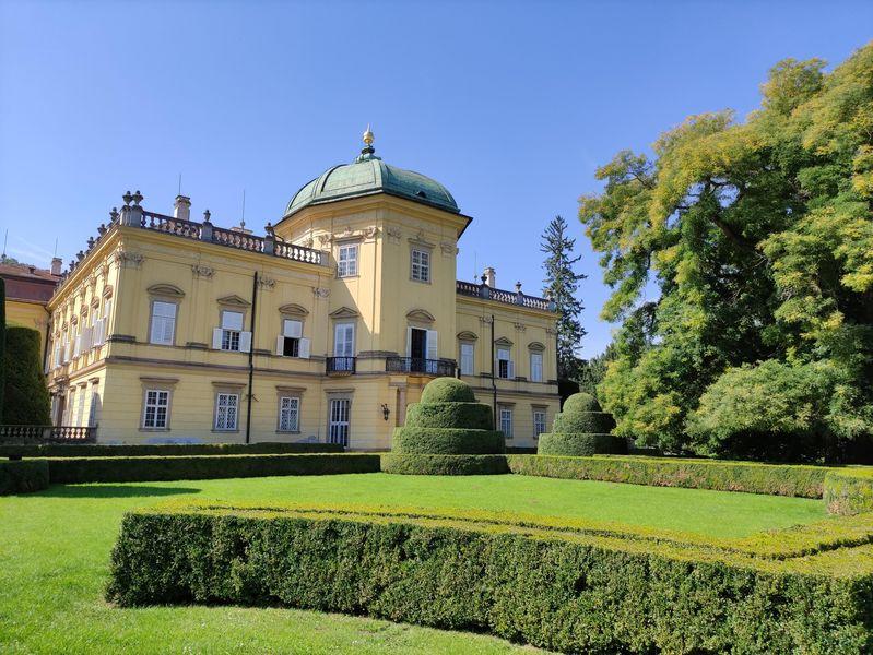 Zámek Buchlovice s rozsáhlým parkem je opravdový architektonický skvost - typ italské vily. Zdroj foto: Centrála cestovního ruchu Východní Moravy
