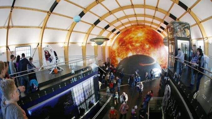 Expozice Vesmír. Zdroj: © Techmania Science Center, o.p.s.